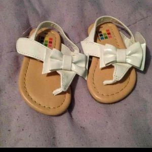 Size 3 toddler sandals